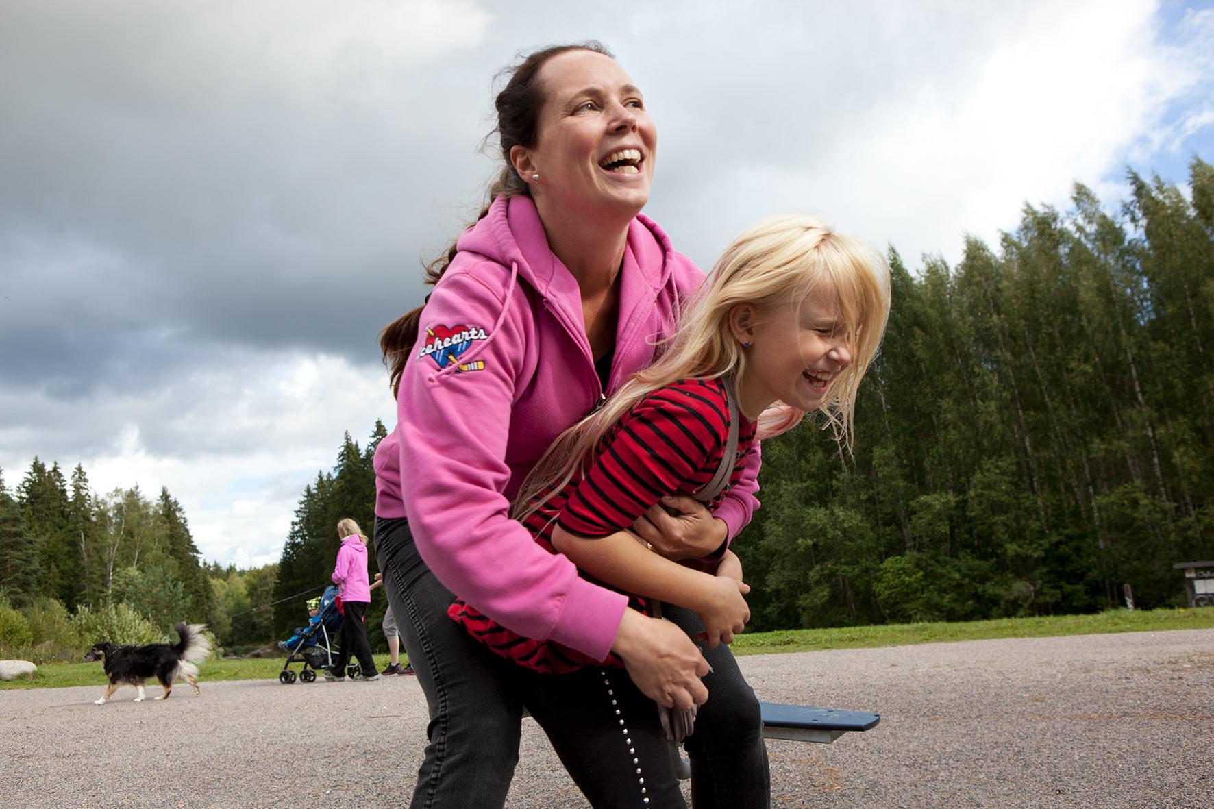Icehearts-kasvattaja kulkee lapsen rinnalla 12 vuotta.
